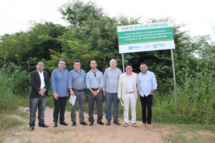 Comissão de Alfandegamento conhece instalações do Porto Seco de Teresina | 180 Graus