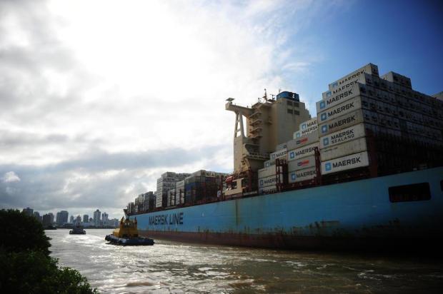 Dragagem do canal de acesso aos portos em Itajaí começa em maio   A Notícia
