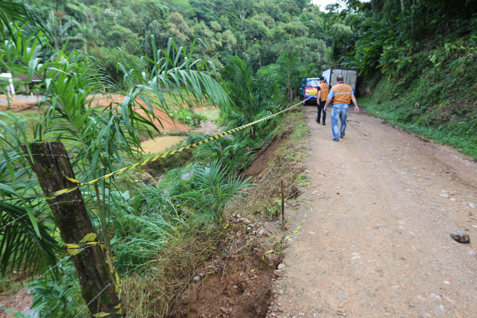 Defesa Civil avalia estragos causados pela chuva em Jaraguá do Sul (SC)
