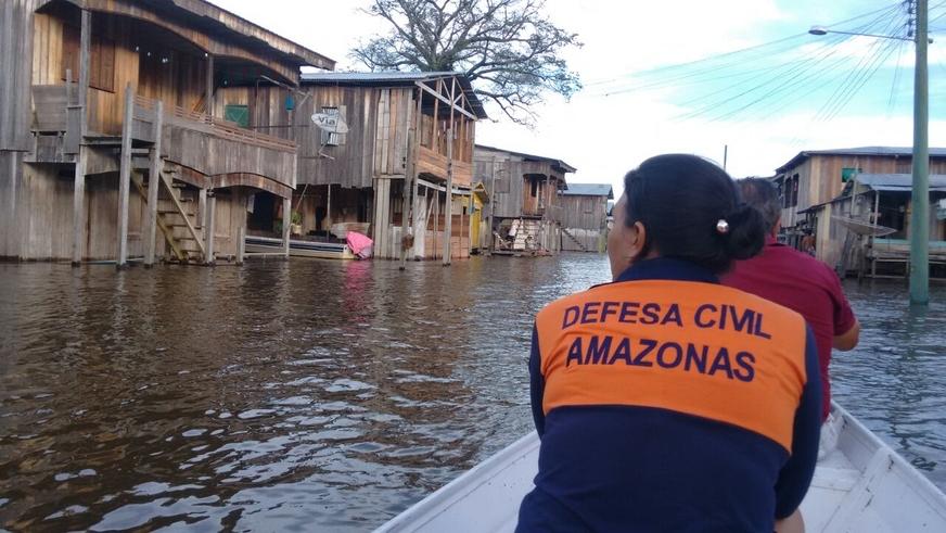 AMAZONAS: Defesa Civil começa a enviar 900 toneladas de alimentos a cidades afetadas pela cheia | Manaus | Acritica.com