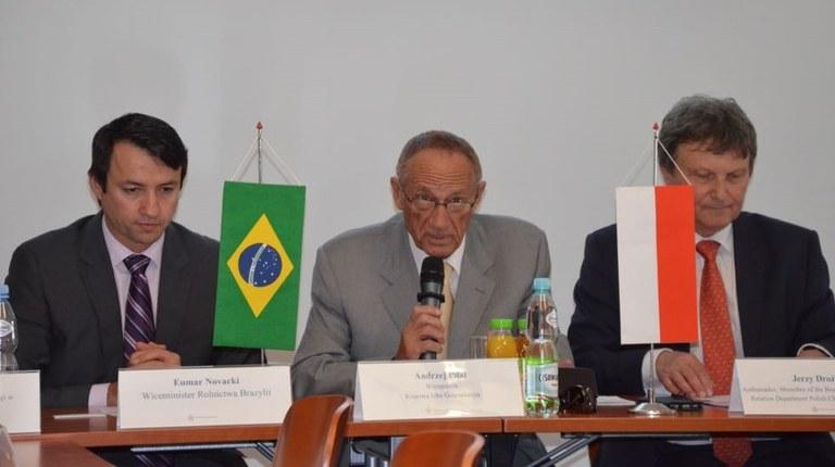 Brasil e Polônia têm grande potencial para parceria no agronegócio, diz Novacki | MAPA
