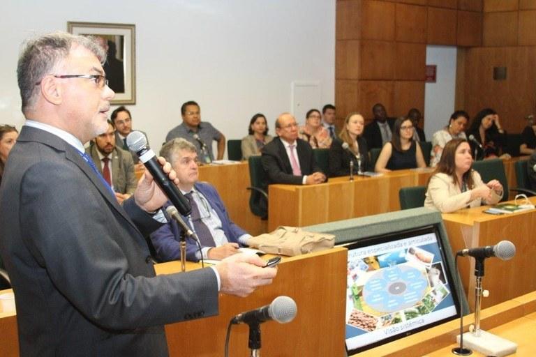Secretário do Mapa apresenta relatório sobre atividades internacionais | MAPA