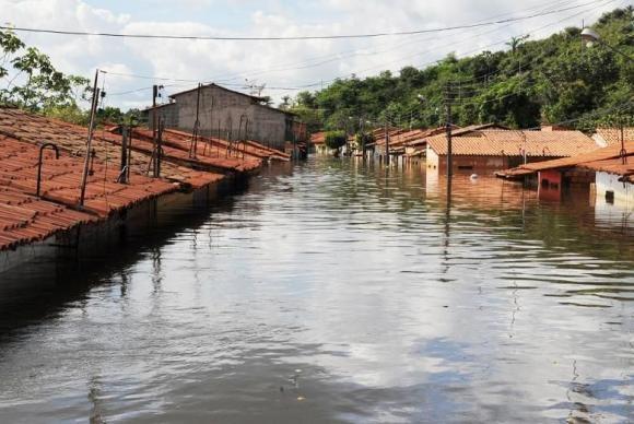 Escolas destruídas por enchentes são reconstruídas em AL | Portal Brasil