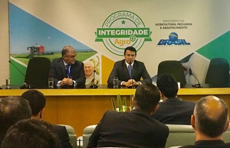Novos adidos agrícolas devem colaborar para aumento da participação brasileira no mercado externo | MAPA