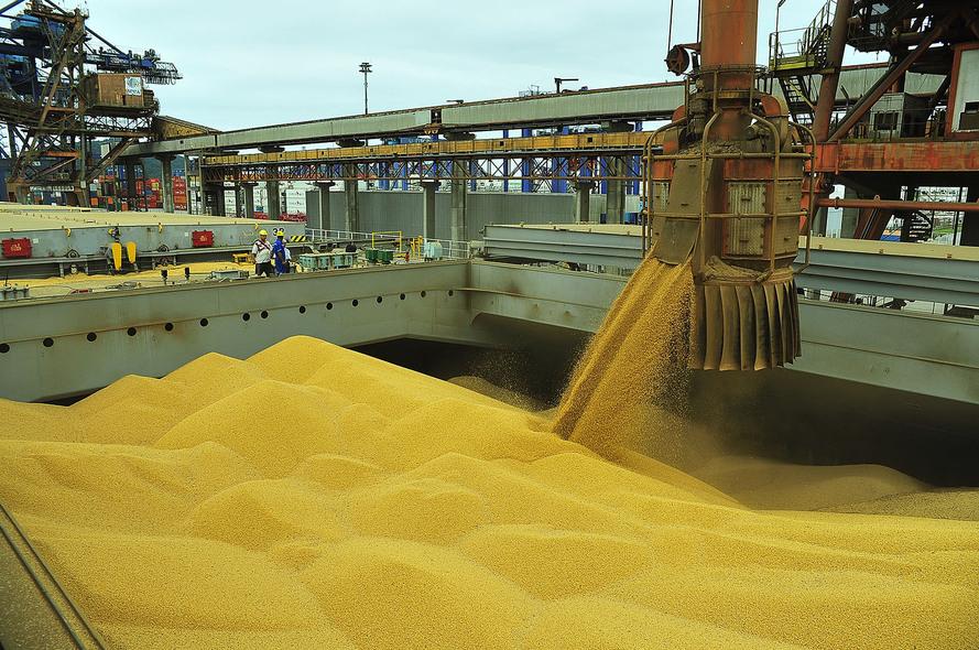 Porto de Paranaguá bate recorde de carregamento em 24 horas | Governo do Paraná