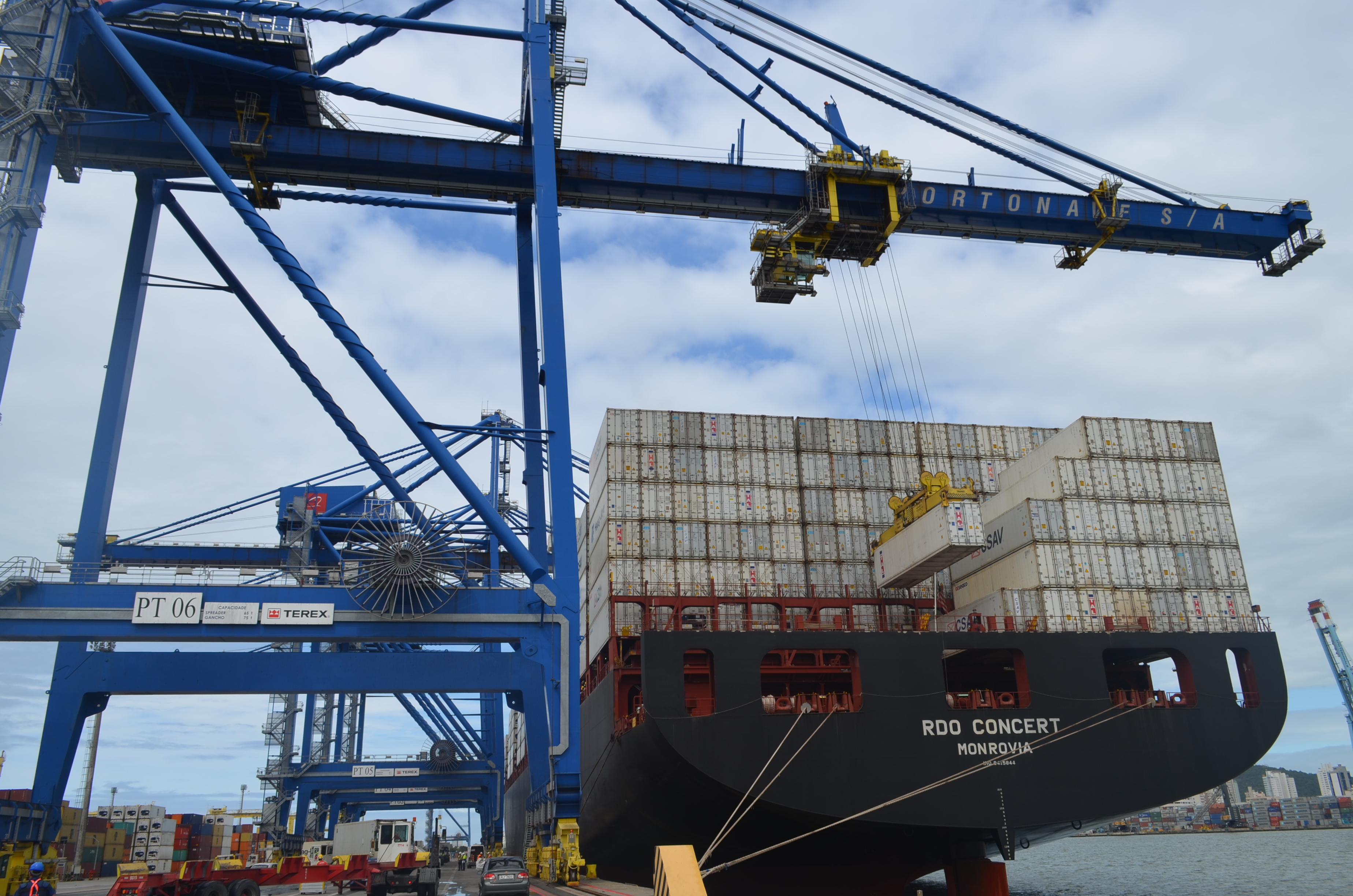 Portonave bate recorde de movimentação da Região Sul   Portonave
